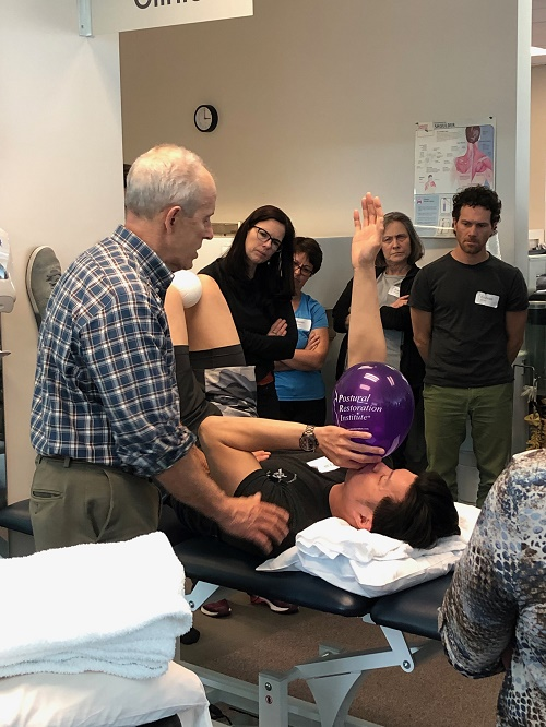 Lab demonstration at Postural Respiration course
